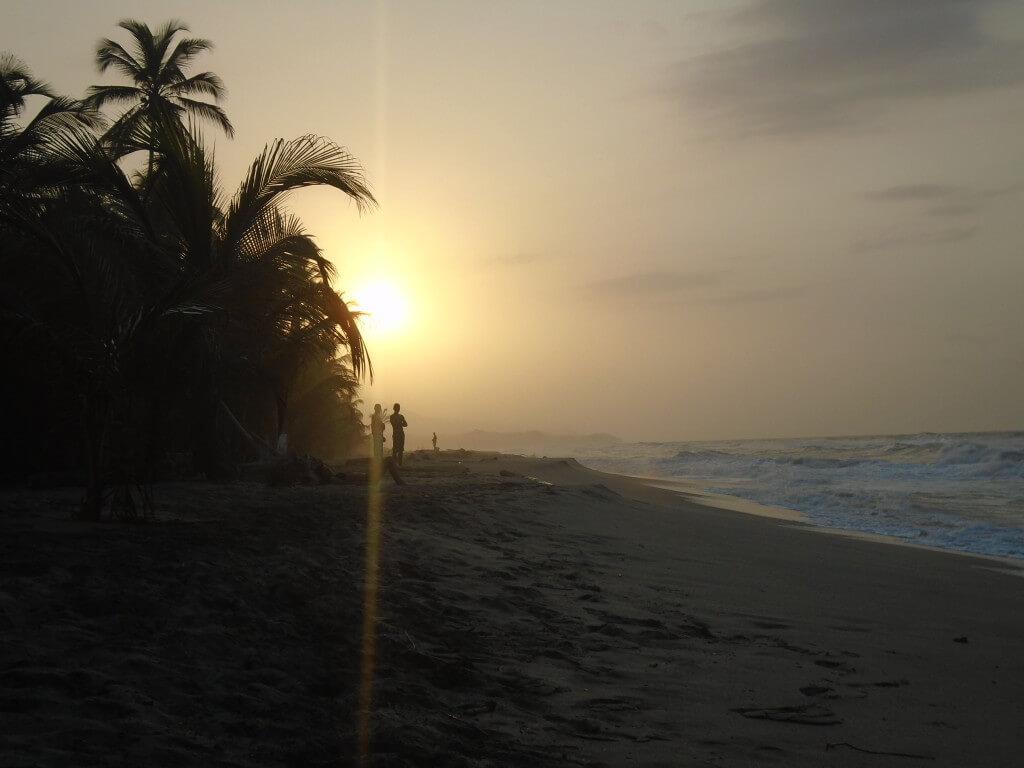 playa costeno colombia